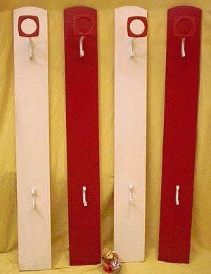 Sch nbuch rot wei e garderobe der 60er for Garderobe rot