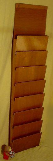 Zeitungsständer Wand Aus Holz ~ Holzregal im Piet Mondrian Stil aus den 60er Jahren