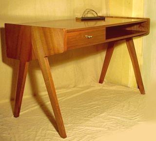 MAGG Schreibtisch
