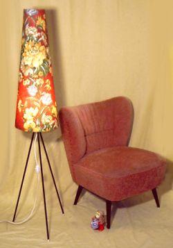 stehleuchte in t tenform oder t tenlampe aus den 50er jahren. Black Bedroom Furniture Sets. Home Design Ideas