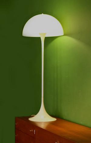 stehlampe designklassiker 70er. Black Bedroom Furniture Sets. Home Design Ideas
