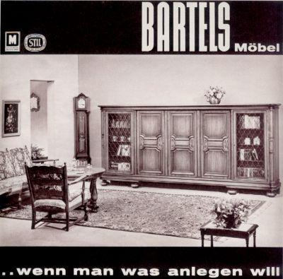 Wohnstil 60er jahre for Wohnzimmer 80er stil
