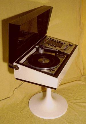 stereoanlagen im teenagewasteland. Black Bedroom Furniture Sets. Home Design Ideas