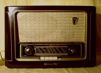 grundig 1041w r hrenradio der 50er 60er jahre. Black Bedroom Furniture Sets. Home Design Ideas
