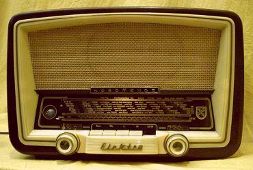 kleines Nordmende Elektra Radio 57